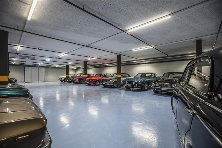 A Plus Autopflege: Autohotel